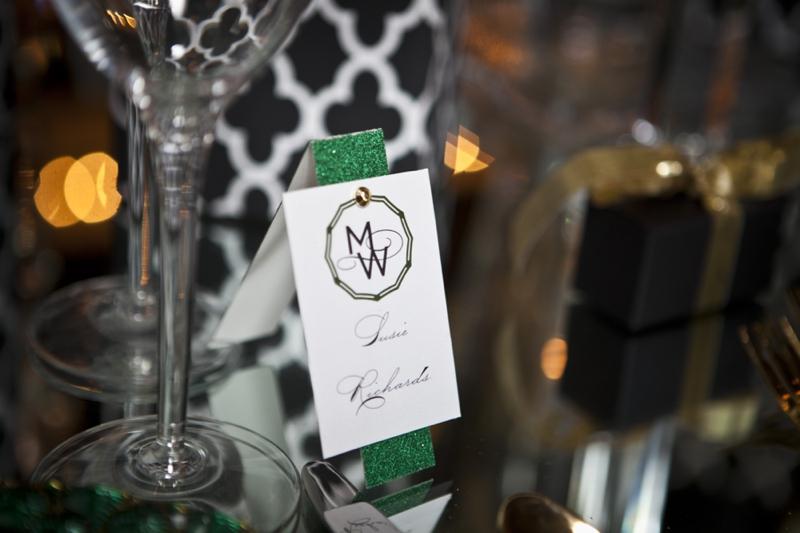 Modern & Glamorous Emerald Green Wedding Inspiration via TheELD.com