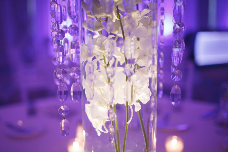 Modern Chic White Wedding via TheELD.com