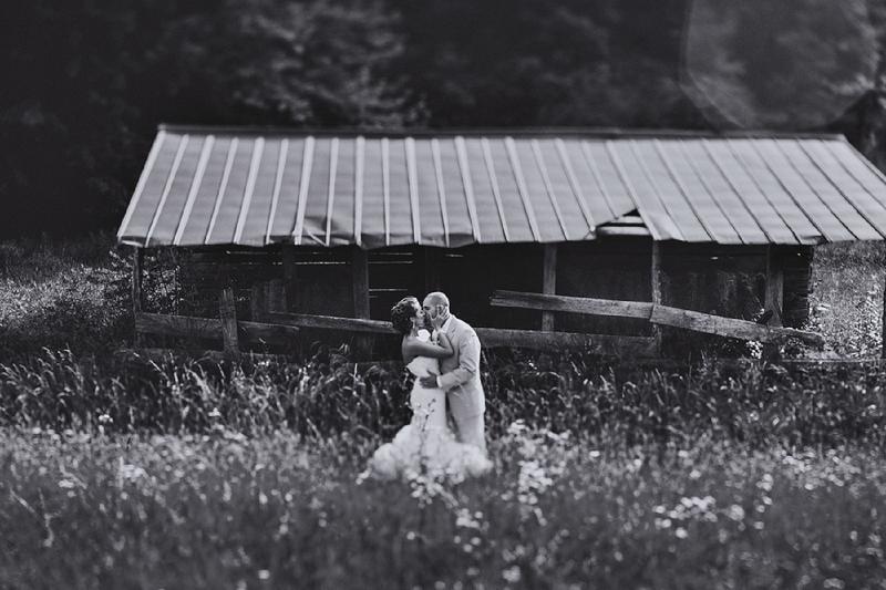 Vintage Chic North Carolina Wedding via TheELD.com
