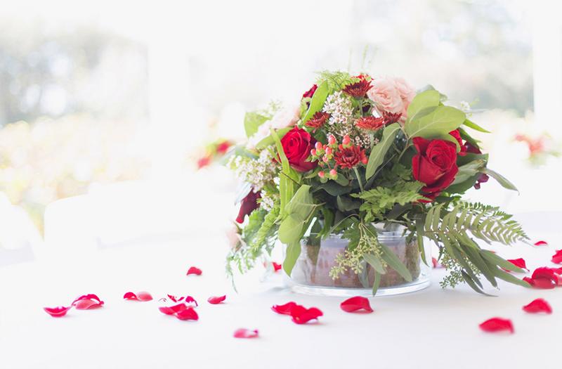 Rustic Red and White Alabama Wedding via TheELD.com
