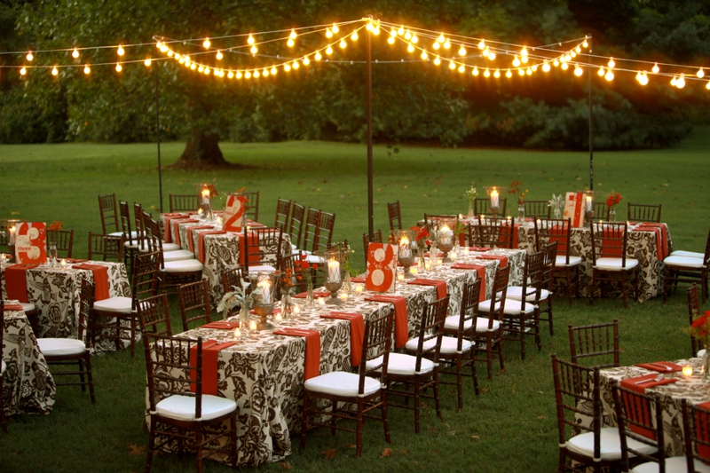 Rustic Red Wedding Inspiration via TheELD.com