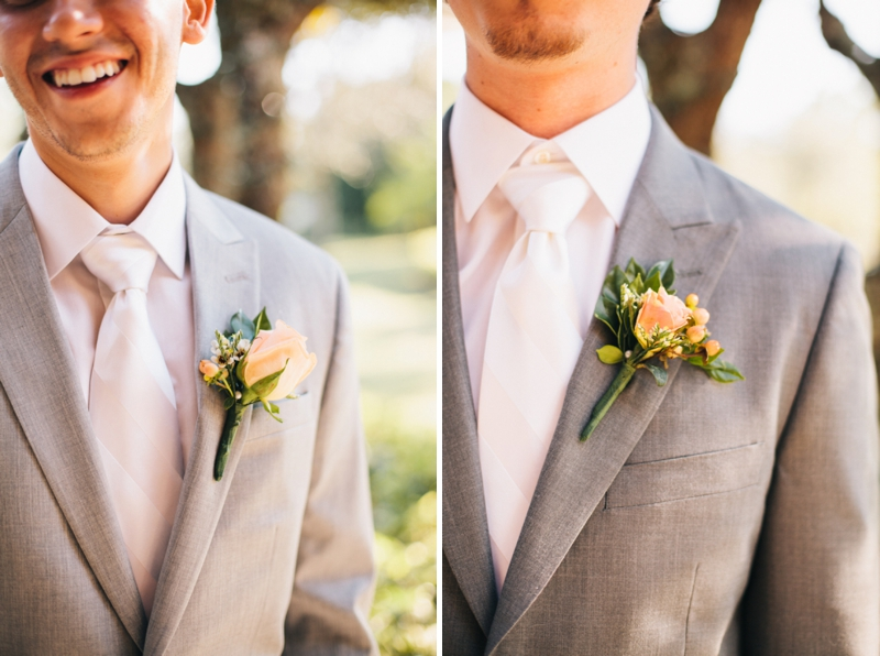 A Peach Vintage Eclectic DIY Wedding via TheELD.com