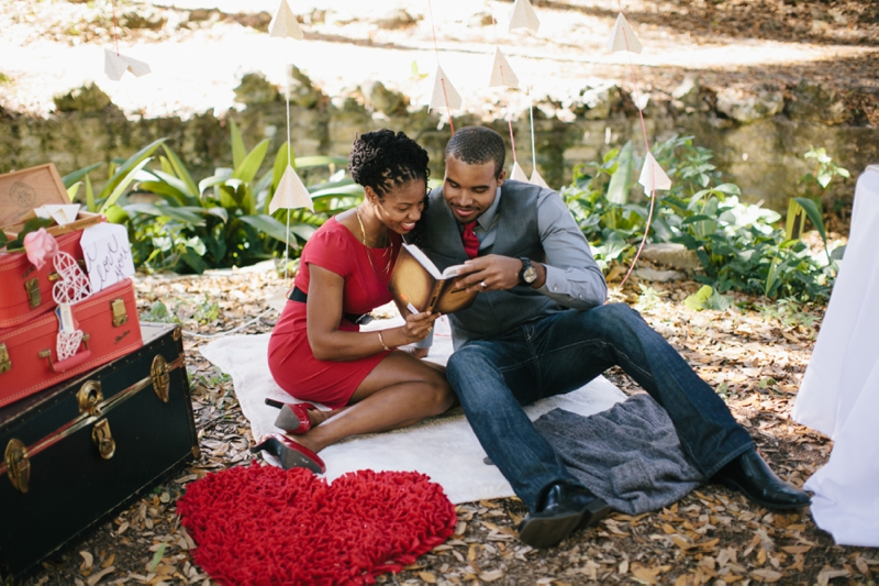 Vintage Valentines Day Love Session via TheELD.com