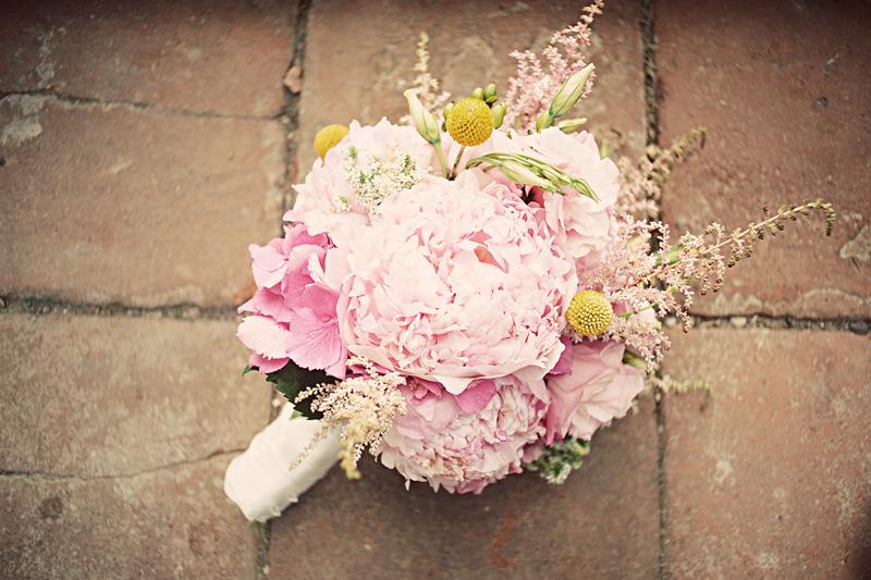 Pink and Mint California Vineyard Wedding via TheELD.com