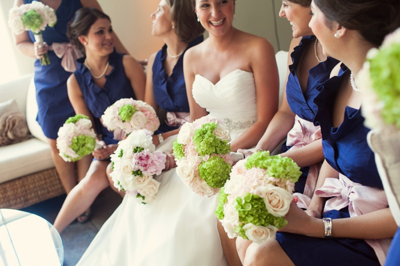 Pink and Navy Southern Vintage Wedding via TheELD.com