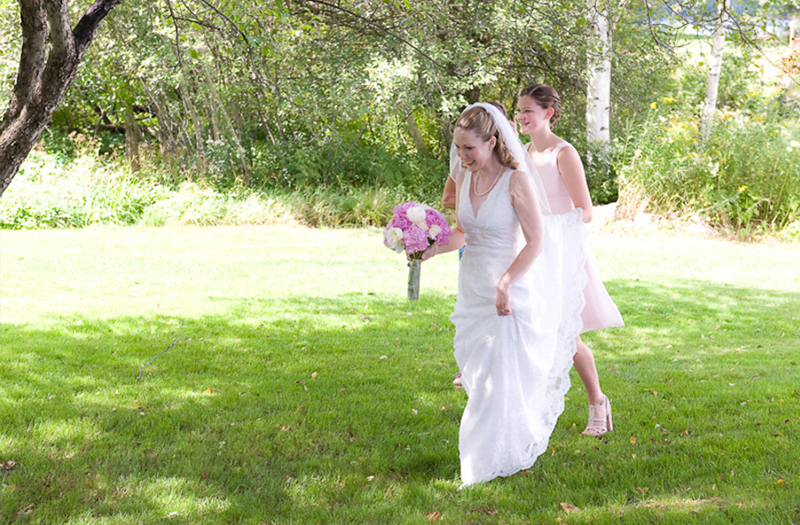 Vintage Pink and Green Vermont Wedding via TheELD.com