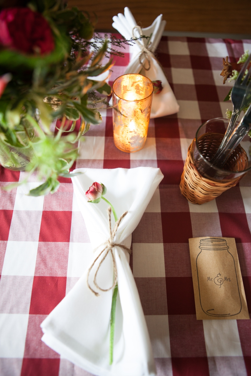 Red, White, and Blue Wedding Ideas {Rustic} via TheELD.com