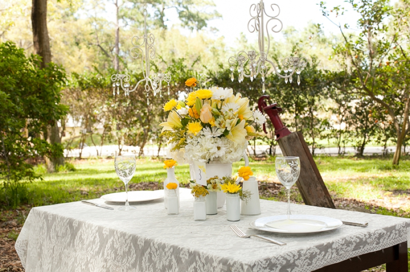 Yellow Wedding Ideas {Vintage} via TheELD.com