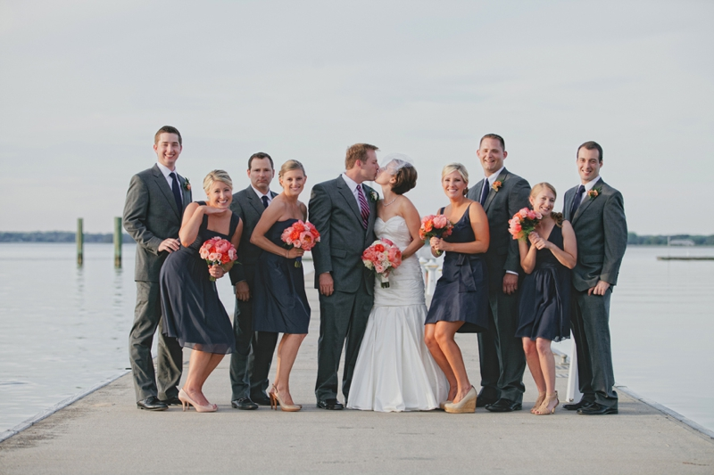 Modern Coral & Navy Chesapeake Bay Wedding via TheELD.com