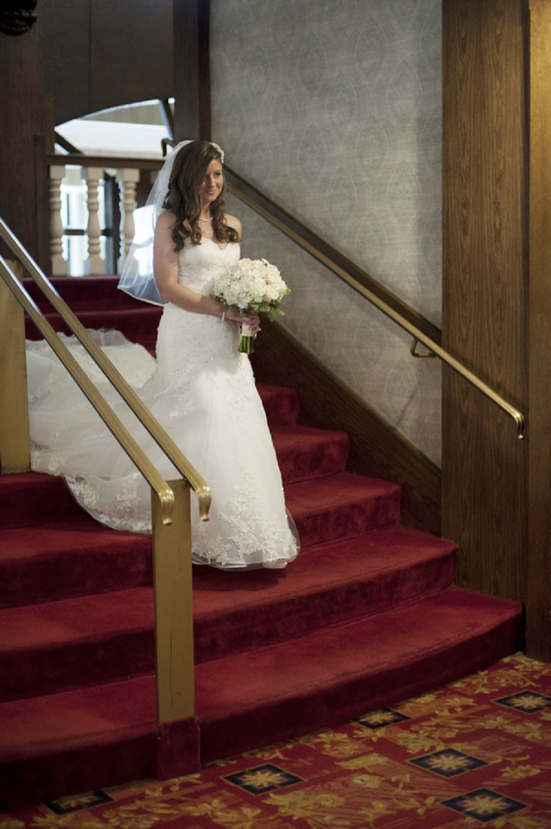 Classic Navy and Pink Kentucky Wedding via TheELD.com