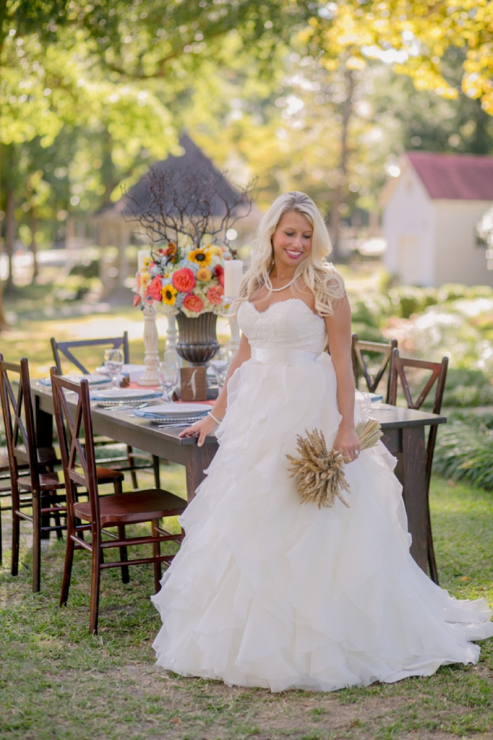 Colorful Fall Wedding Inspiration + Giving Thanks via TheELD.com
