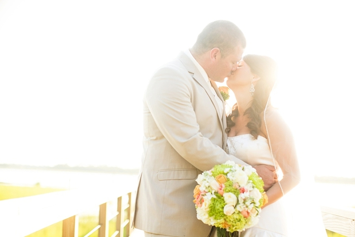 A South Carolina Peach and Mint Wedding via TheELD.com