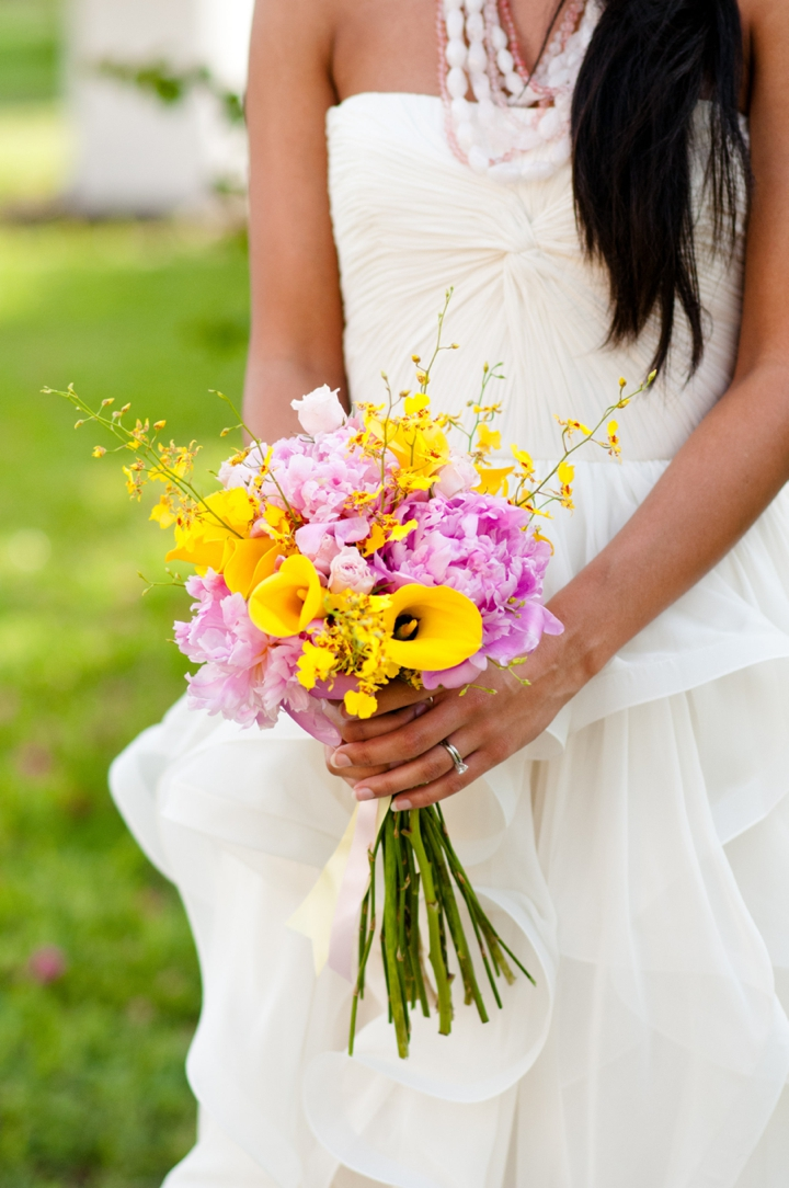 Innovative Wedding Gifts: Modern Pink And Yellow Wedding Ideas