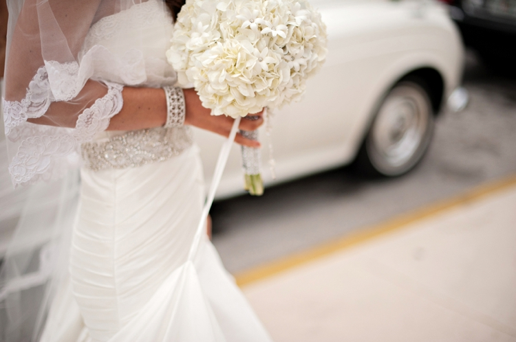 Chic Classic Silver and White Wedding via TheELD.com