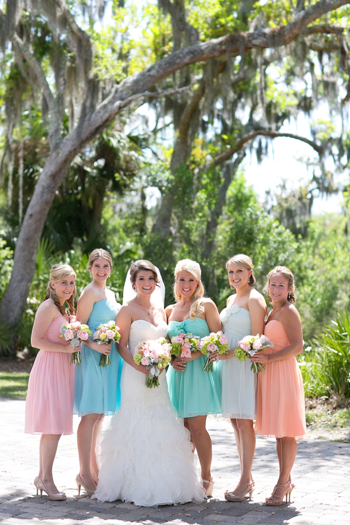 Florida Rustic Vintage Pastel Wedding via TheELD.com