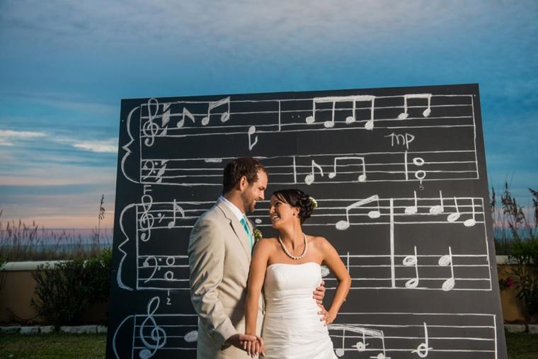 5 Unique Wedding Backdrops