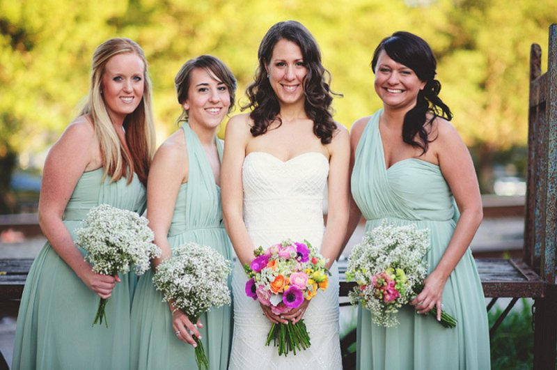 Colorful & Eclectic Winter Park Farmers Market Wedding via TheELD.com