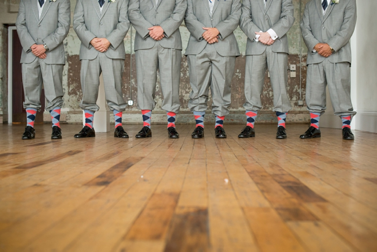 A Modern Coral and Navy Wedding via TheELD.com