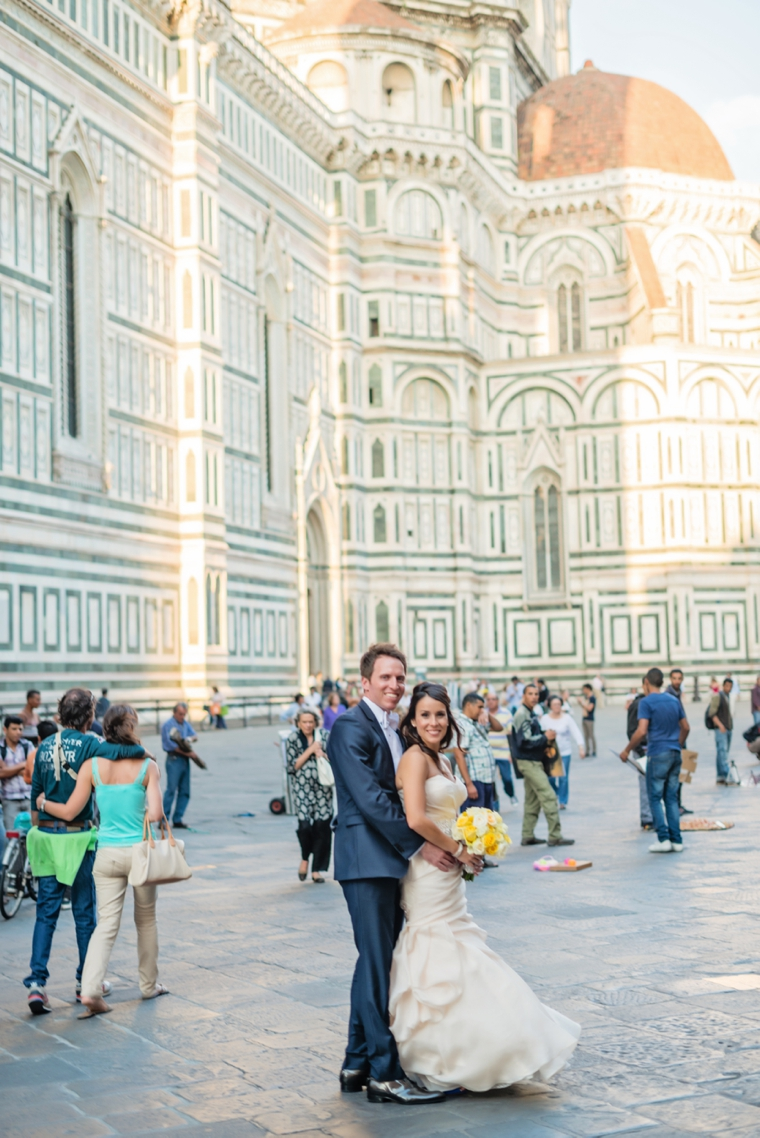 A Romantic & Modern Wedding In Italy via TheELD.com