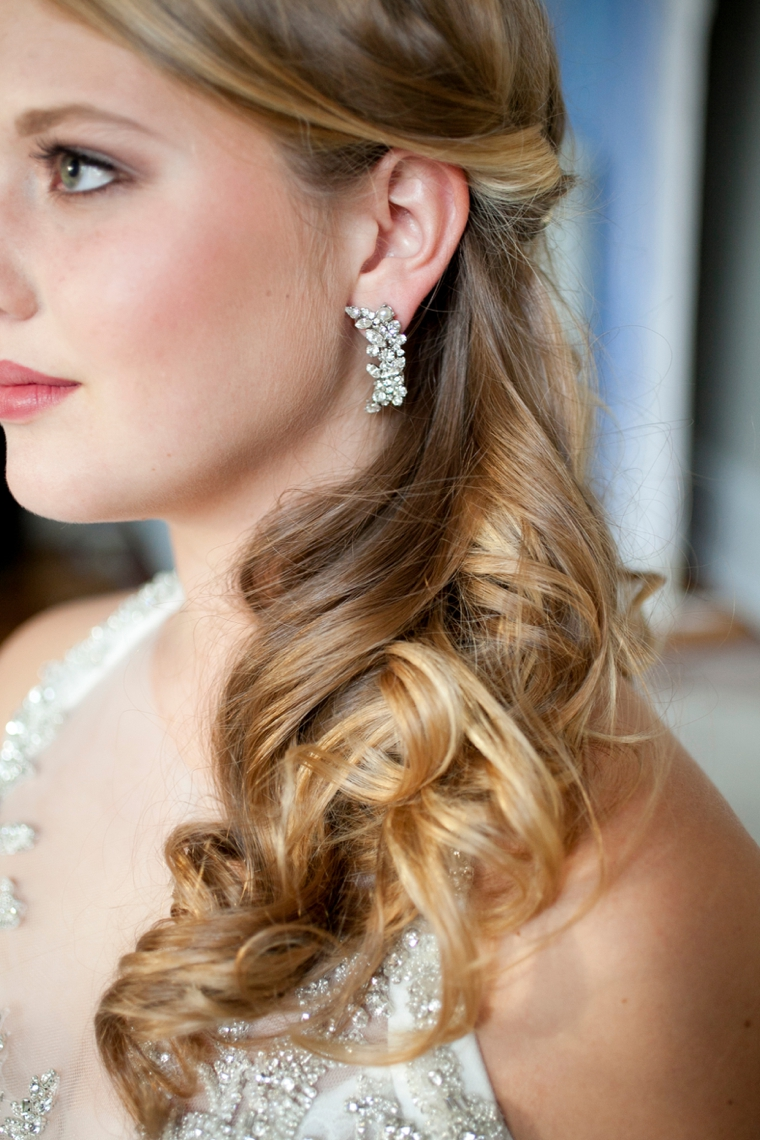 Wedding hairstyle for halter dress
