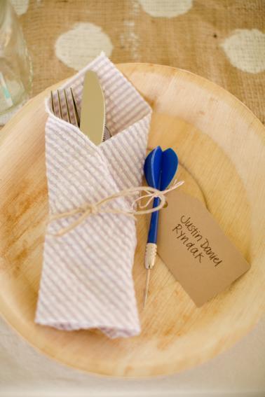Rustic & Eclectic Backyard Maryland Wedding  via TheELD.com