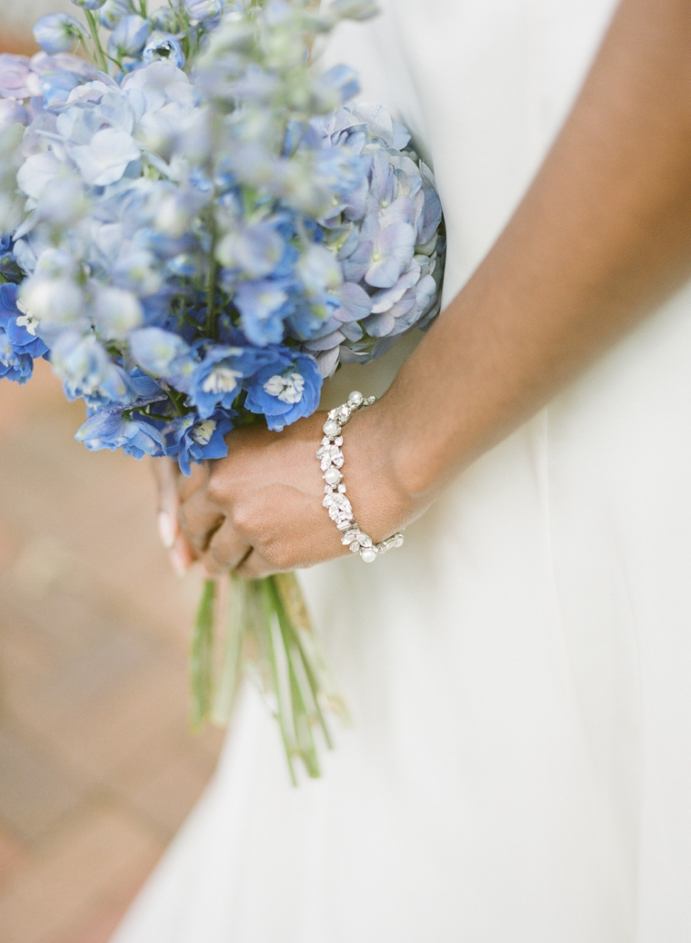 How To Choose Your Wedding Day Jewelry  via TheELD.com