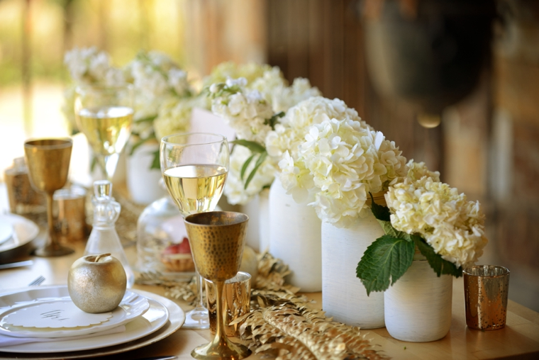 1000 Ideas About Gold Weddings On Pinterest: Romantic Gold And White Wedding Ideas