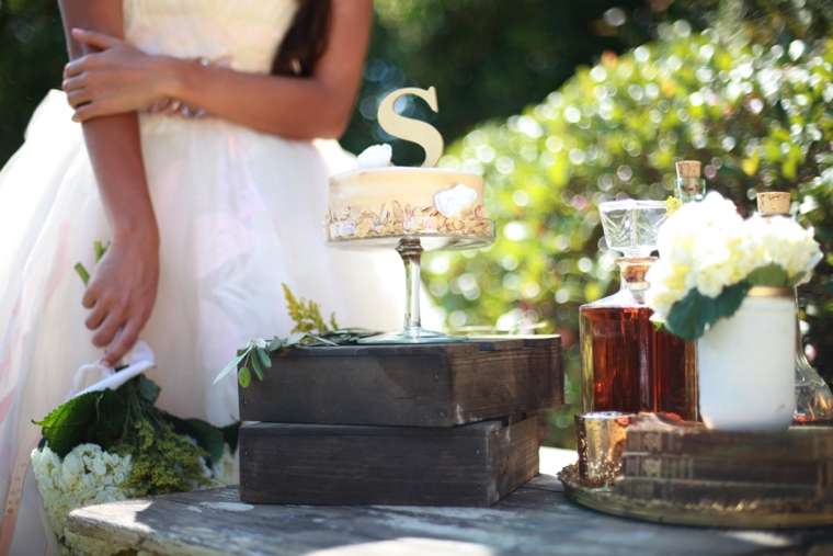 Romantic Gold and White Wedding Ideas via TheELD.com
