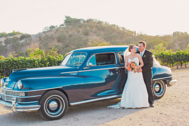 Mint & Orange California Vineyard Wedding via TheELD.com