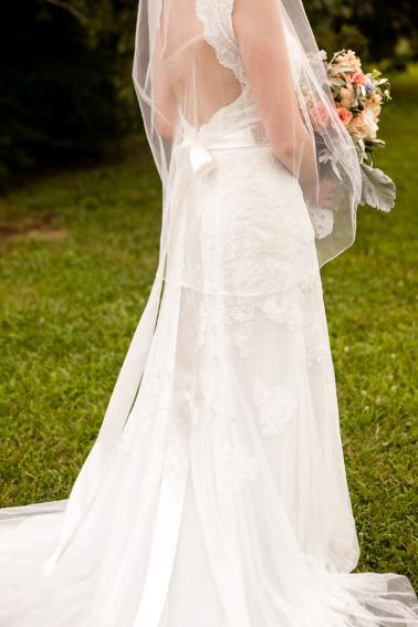 A Vintage Tennessee Pastel Wedding via TheELD.com
