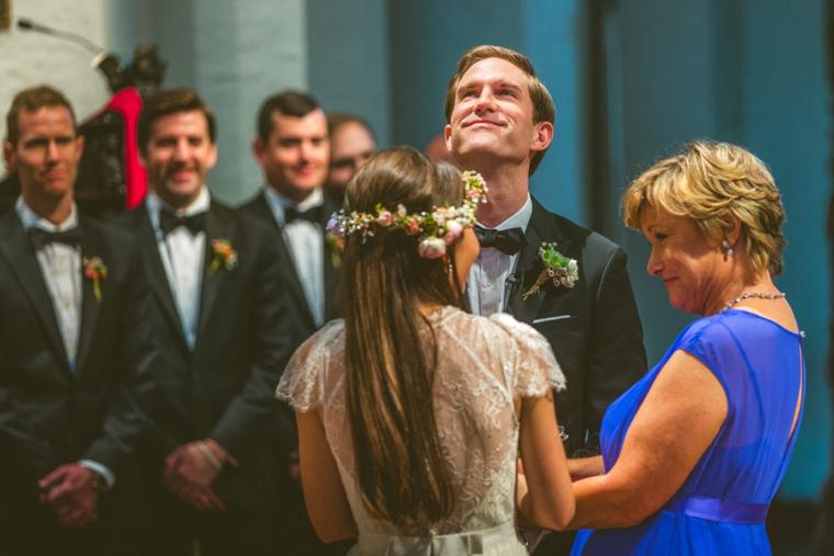 A Modern Ethereal Glitter & Blush Wedding via TheELD.com