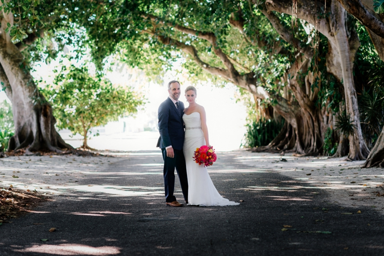 A Chic Oceanside Coral Wedding via TheELD.com