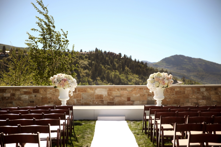 Elegant & Romantic White Wedding via TheELD.com