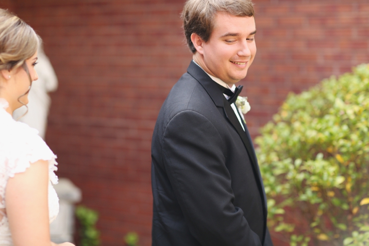 Romantic Lavender Alabama Wedding via TheELD.com