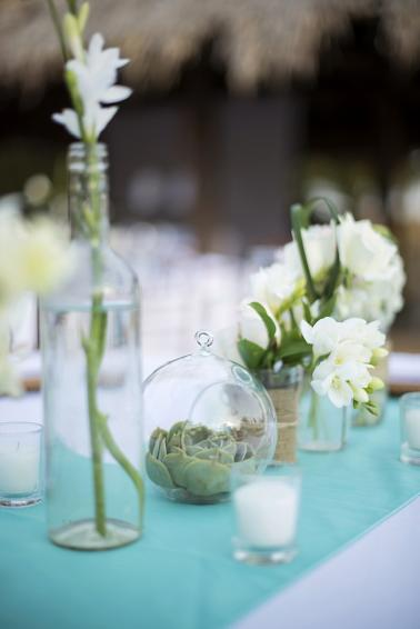 A Rustic Chic Costa Rica Wedding via TheELD.com