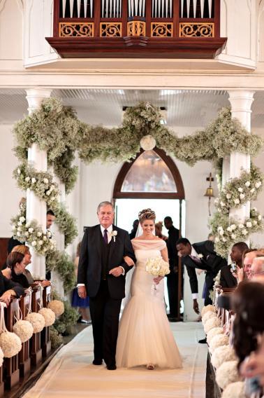 Modern Elegant Purple and White Wedding via TheELD.com