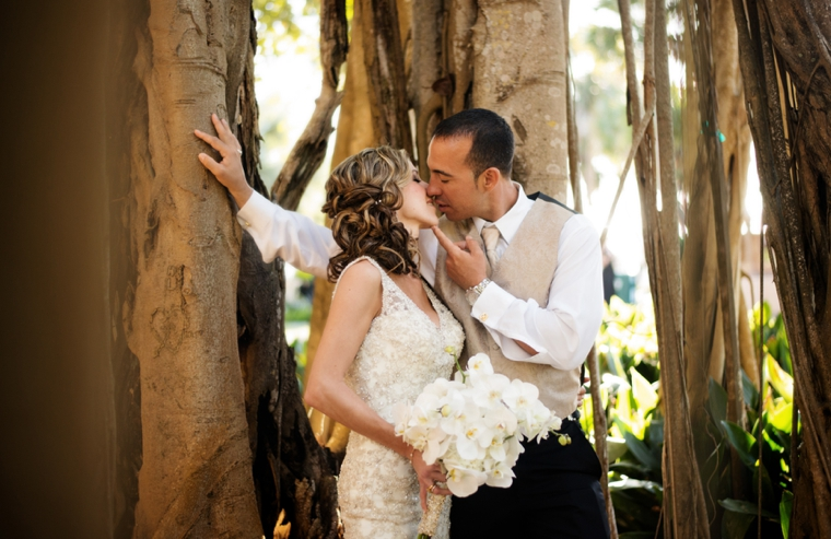 An Elegant Gold and White Sarasota Wedding via TheELD.com