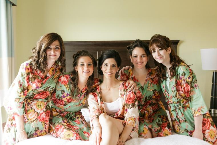 Classic Pink and White Romantic Wedding  via TheELD.com