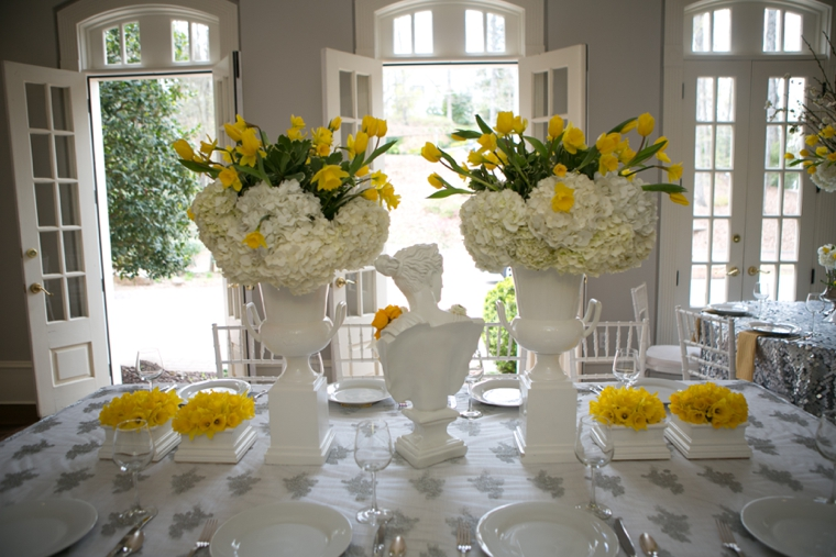 Modern chic yellow and white wedding ideas every last detail modern chic yellow and white wedding ideas junglespirit Image collections