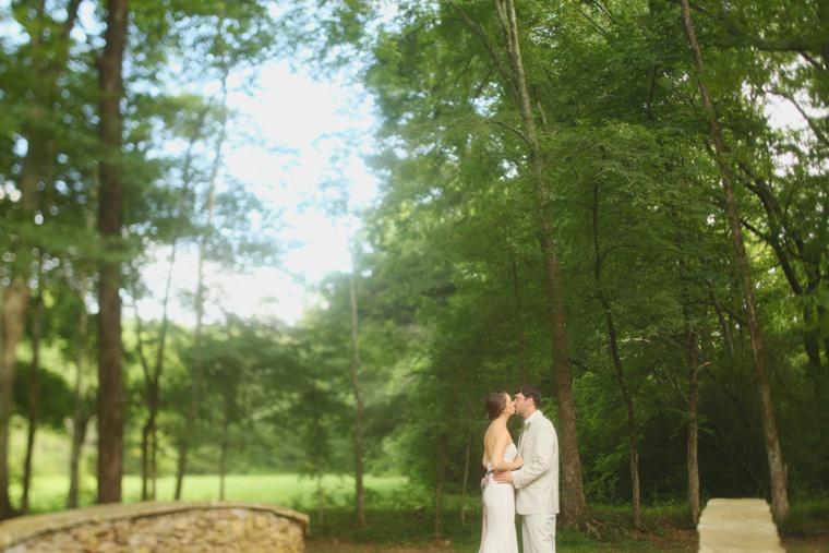 Southern Vintage Alabama Wedding  via TheELD.com