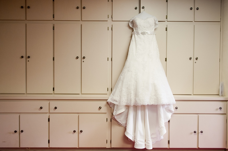 A Romantic & Vintage Tampa Wedding via TheELD.com