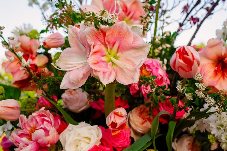 A Colorful Rustic & Elegant Texas Wedding via TheELD.com
