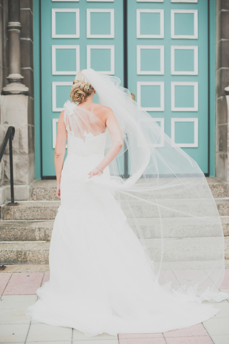 A Whimsical Urban Chicago Wedding | Every Last Detail