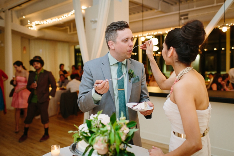 A Romantic Chicago Loft Wedding via TheELD.com
