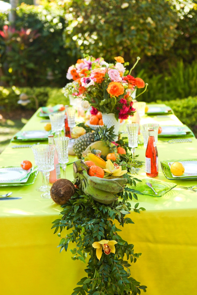 Fun & Colorful Lilly Pulitzer Wedding Ideas via TheELD.com