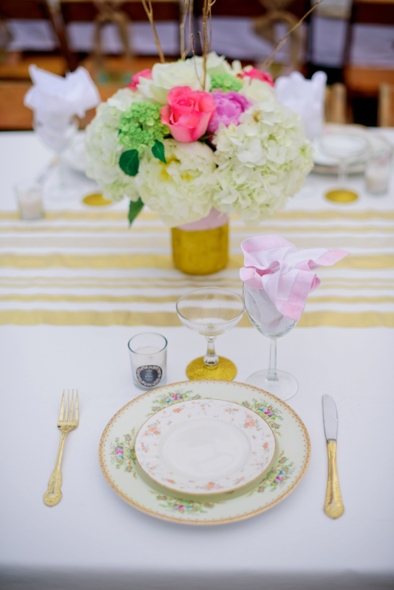 A Vintage Glam New Years Eve Wedding via TheELD.com