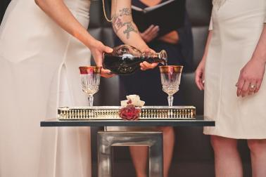 Vintage Glam Las Vegas Elopement Inspiration via TheELD.com