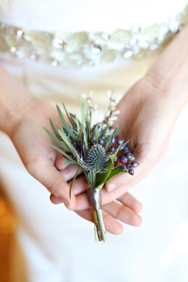 Glamorous Silver & Blue Wedding Ideas via TheELD.com