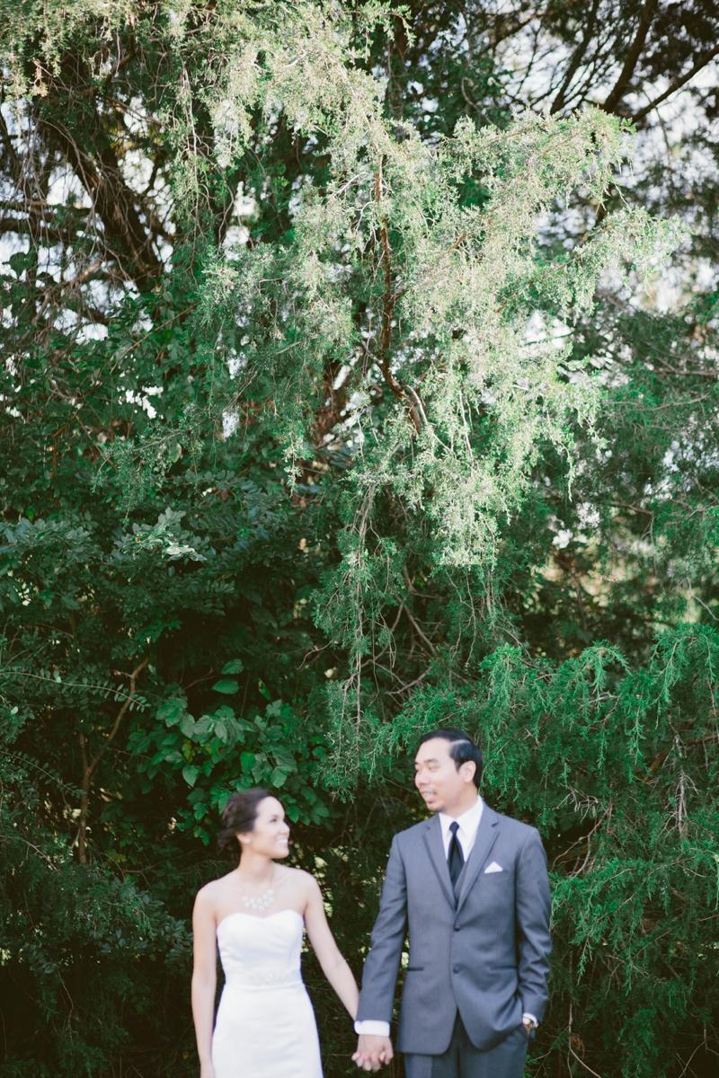 A Blush and Sage Virginia Wedding via TheELD.com