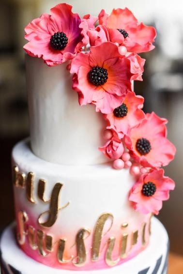 Chic Modern Pink And Orange Wedding Ideas Via TheELD